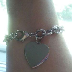 """Lia Sophia Sheila Dale 8"""" Bracelet Dangling Heart"""